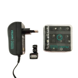 Chargeur universel 1500mA avec 16 fiches incluses + USB + Mini USB + Micro USB